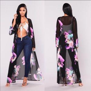 Fashion Nova Flirty Floral Kimono✨XLARGE